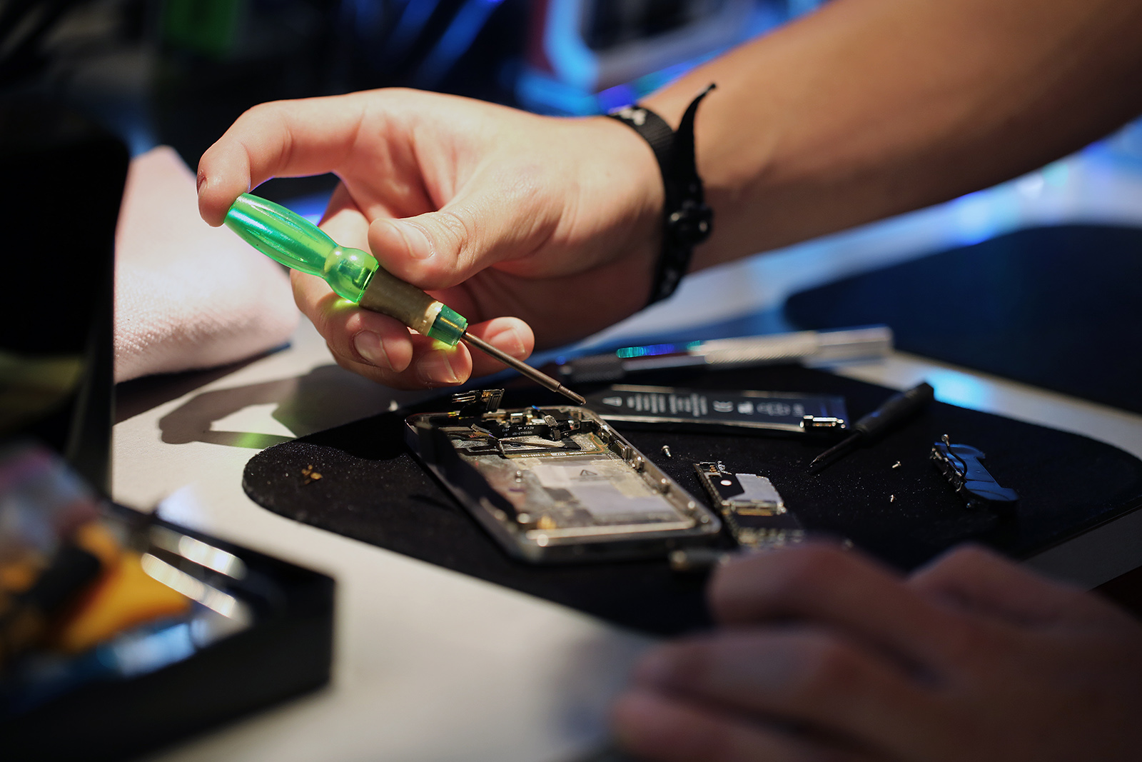 tecnico em manutenção para celular